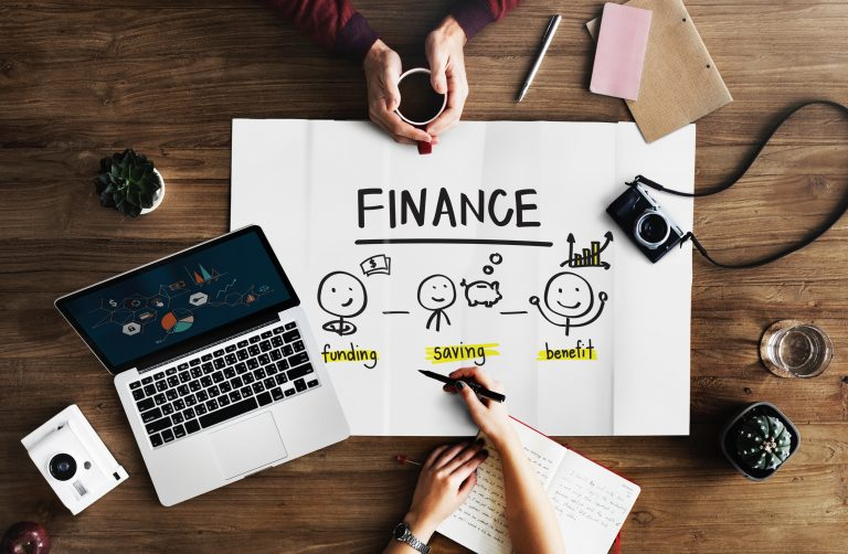 Notebook Finance and Retirement Savings